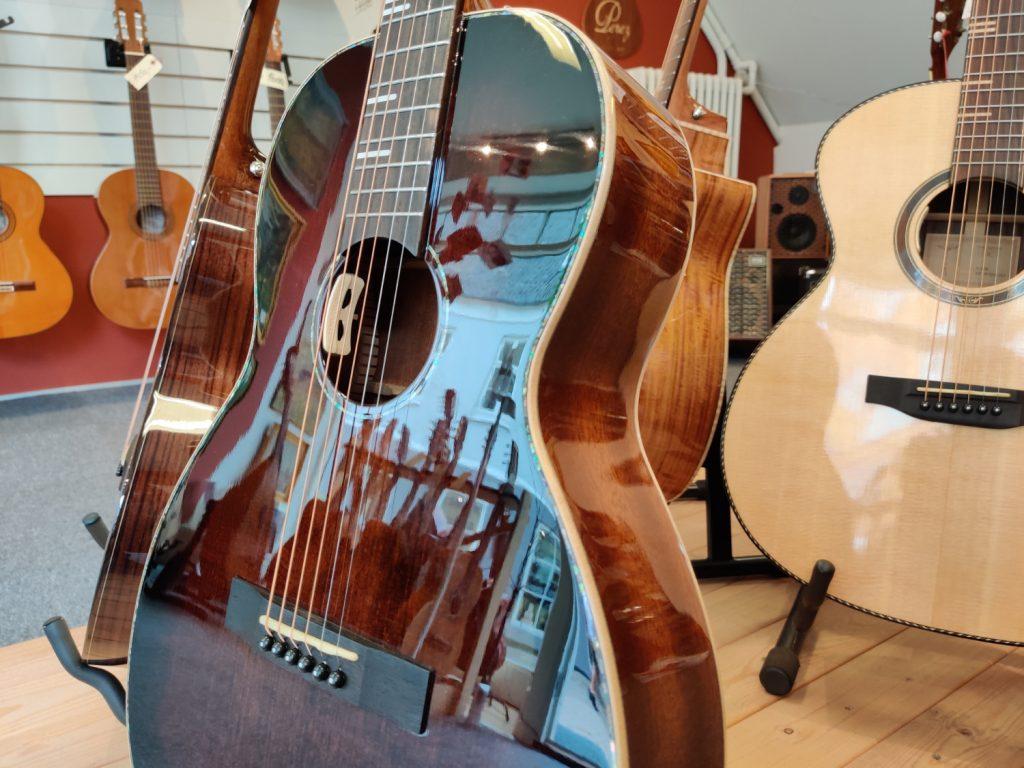 Guitarer i Aksglæde Musikbutik