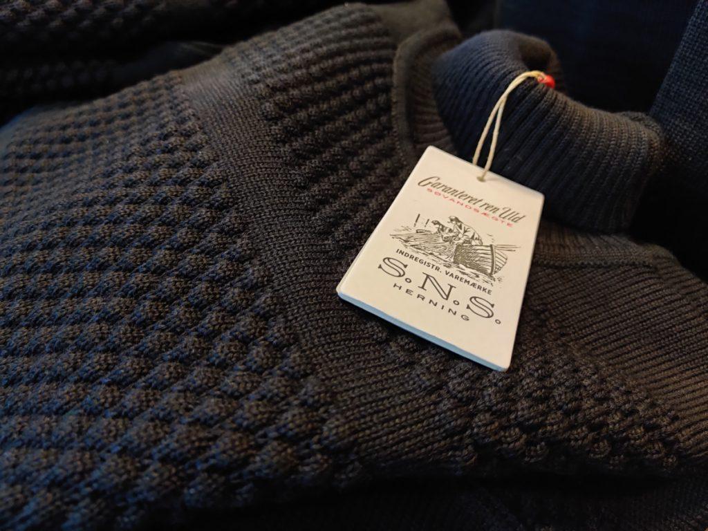 Sømandstrøje til salg i Ærøskøbing